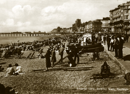 1920s beach scene looking west to Pier