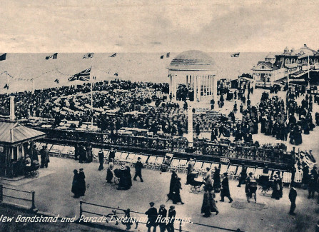 The Pier bandstand before the shelters were built, 1916