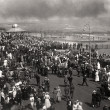 Crowds watching the 1917 Pier fire