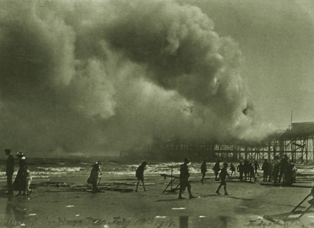Children scavenging as the 1917 Pier fire rages