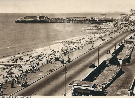 Post WWll view of the Pier and beach from Carlisle Parade