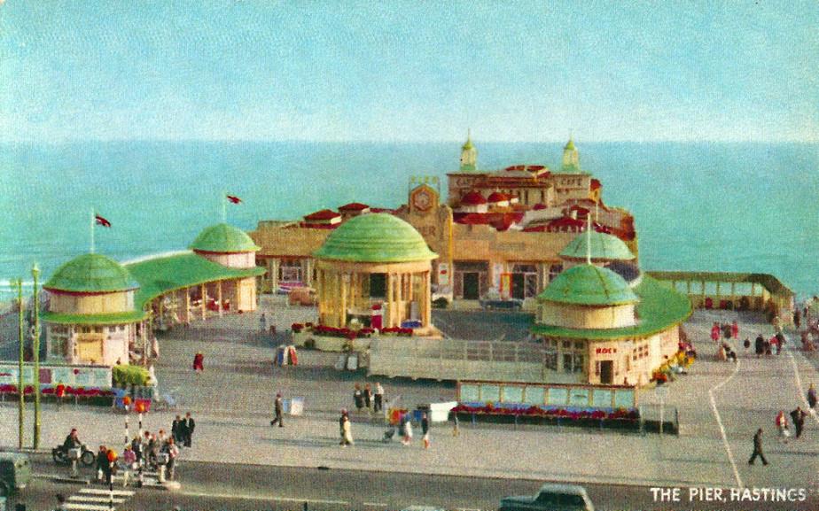 A colour postcard of the Pier