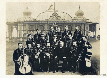 Ashtons Grand Italian Band
