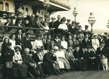 Pre-WWI group photograph on Hastings Pier
