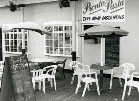 Café on the Pier