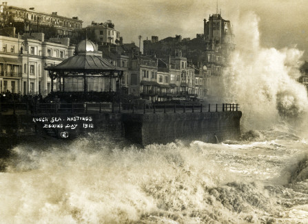 Rough seas on Boxing Day 1912, taken from the Pier