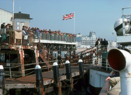 Waverley loading at Hastings Pier Head, 24 April 1978