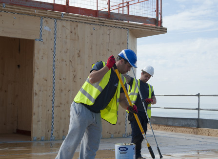 Waterproofing the Pier Visitors Centre Roof