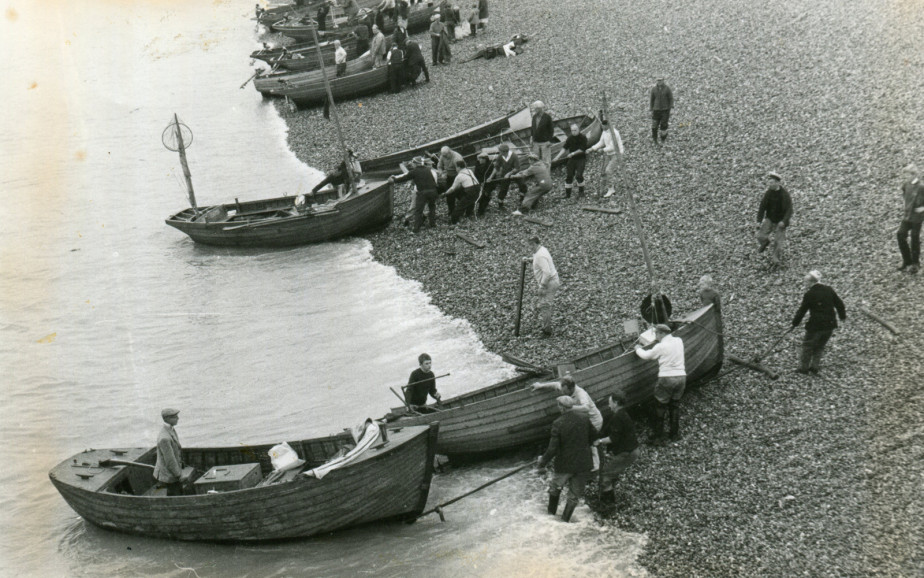 A fishing competition with boats landing on Hastings beach | Image reproduced with permission of Hastings Museum and Art Gallery