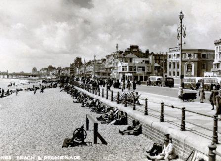 Hastings Beach and Promenade, c.1950