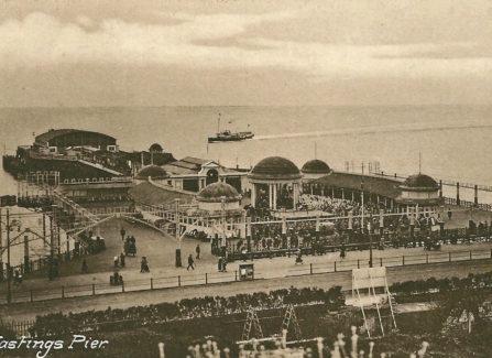 Hastings Pier, 1920s