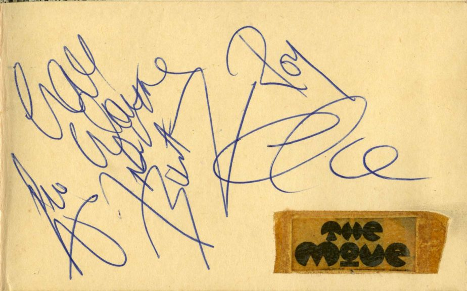 Autographs of The Move